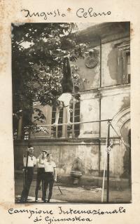 Augusto Celano alla sbarra (circa 1927)